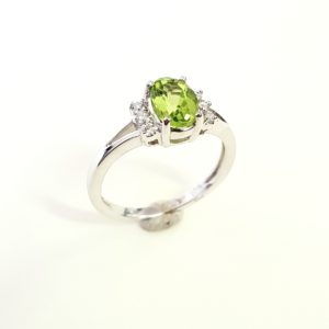Peridot split-band ring